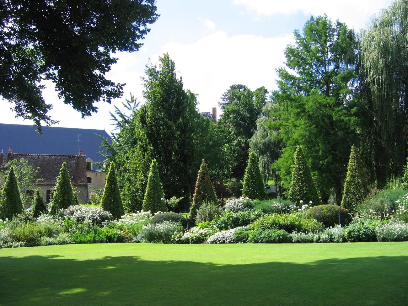 The parc floral apremont sur allier for Apremont sur allier jardin