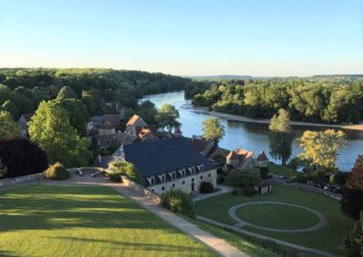 Vue sur le village d'Apremont-sur-Allier (2)