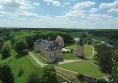 chateau 2 drone